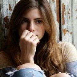 Как выйти из депрессии самой и не позволить остаться в ней близкому человеку.