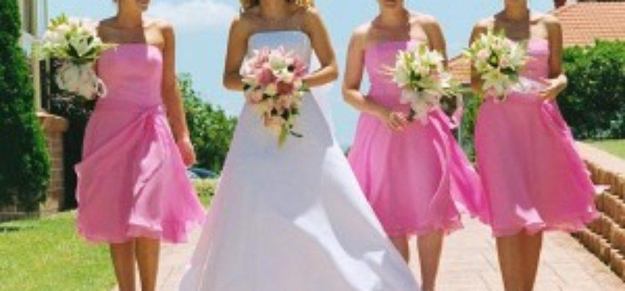 Что надеть на свадьбу подруги. Практические советы с фото