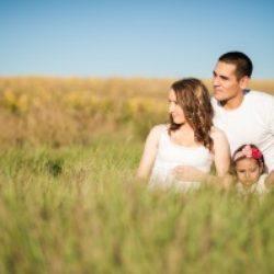 Как разнообразить семейную жизнь и добавить красок в отношения?