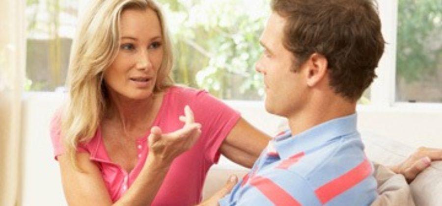 Как ответить на непростые вопросы про парня: свободна ли ты, сколько их было, почему нет