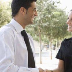 Лучшие вопросы для знакомства с парнем: какие можно задать, чтобы тебя не отшили