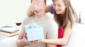 Что подарить парню на год отношений оригинальное