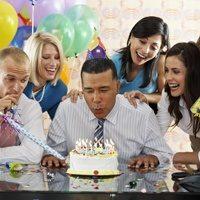 Как угодить начальнику мужчине на день рождения: что можно подарить