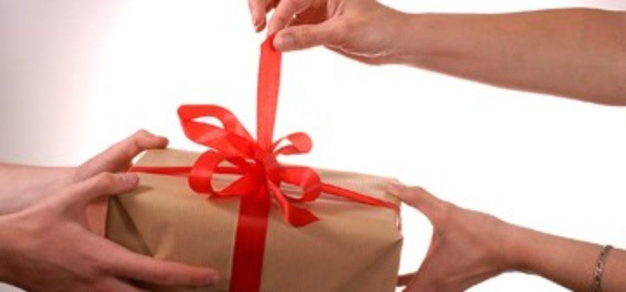 Ищем, что интересное подарить коллеге мужчине на день рождения