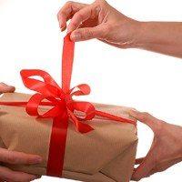 Какой подарок и как сделать мужу на день рождения своими руками: оригинальные идеи