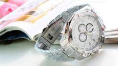 Можно ли дарить часы мужу