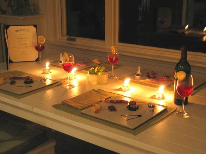 Ужин при свечах дома