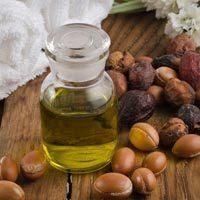 ТОП-4 масок для волос с аргановым маслом – польза и советы