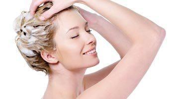 Нанесение маски для волос с димексидом