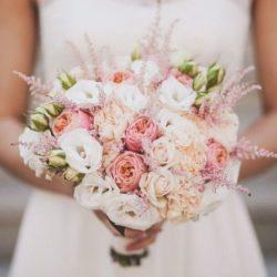Модные тенденции 2019 года в свадебных букетах