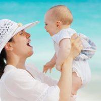 Фитнес с грудничком на руках — худеем после родов