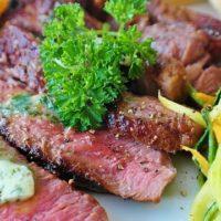 Правила приготовления вкусного стейка дома