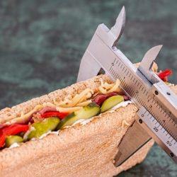 Как уменьшить калорийность рациона и легко похудеть